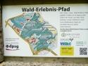 Schild Wald-Erlebnis-Pfad 2